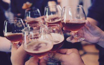 Bebidas alcohólicas. (Imagen de Free-Photos en Pixabay)