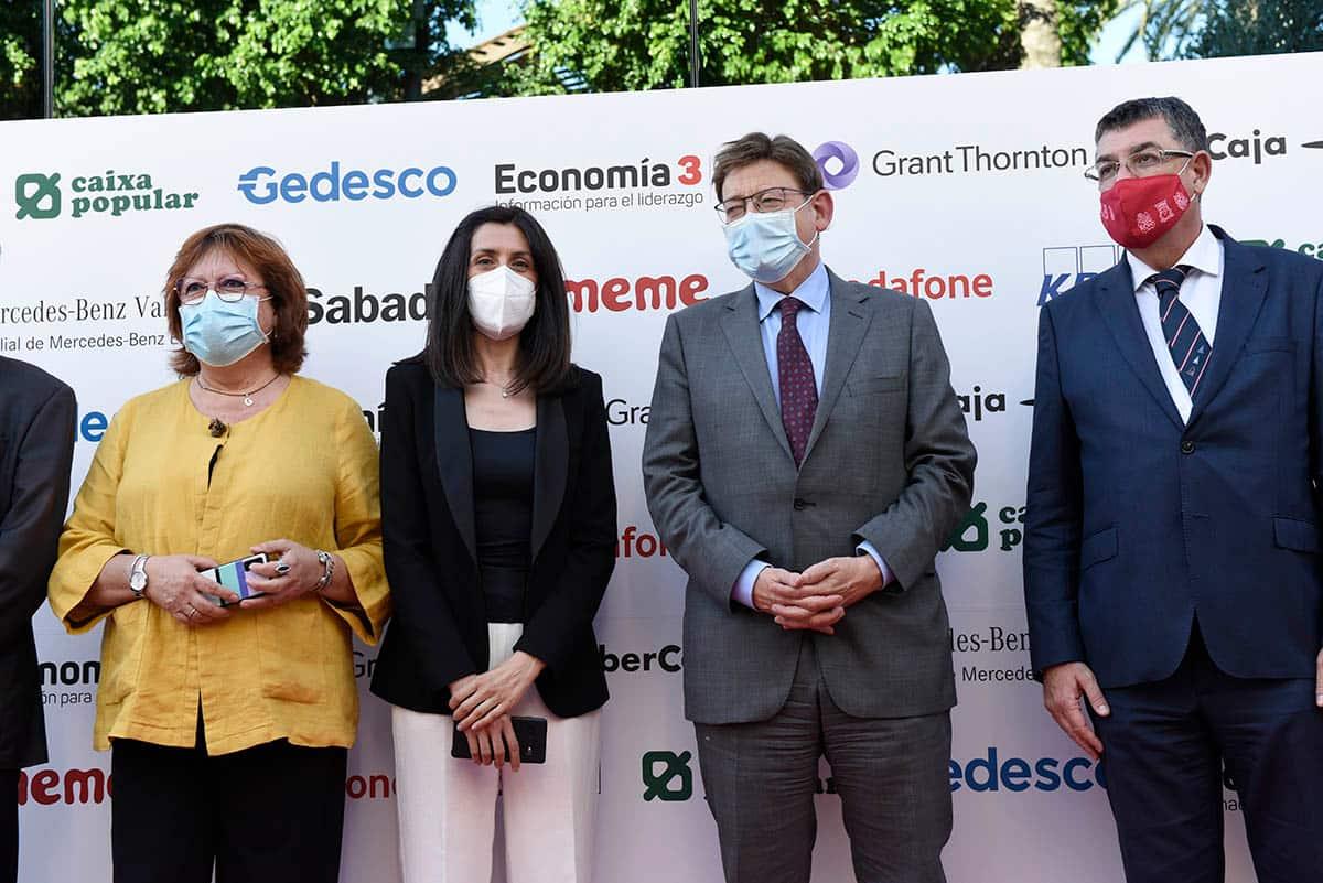 Ximo Puig en la entrega de Premios Economía 3