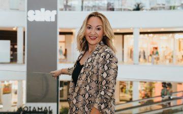 Isabel Picazo, gerente del Centro Comercial Saler