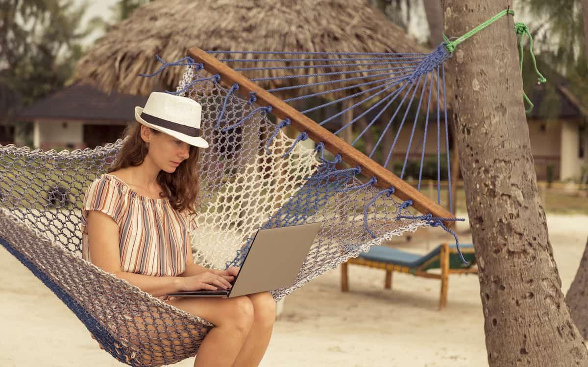 ¿Cómo irte de vacaciones este verano y desconectar de tu negocio?