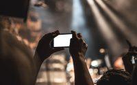 Smartphone. Móvil. (Imagen de SplitShire en Pixabay)