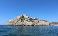 Peñíscola: Tierra de mar y castillos en Castellón