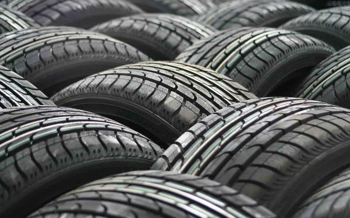 Neumáticos. Continental.