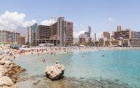 Finestrat: la ventana al mar sobre una peña de Alicante