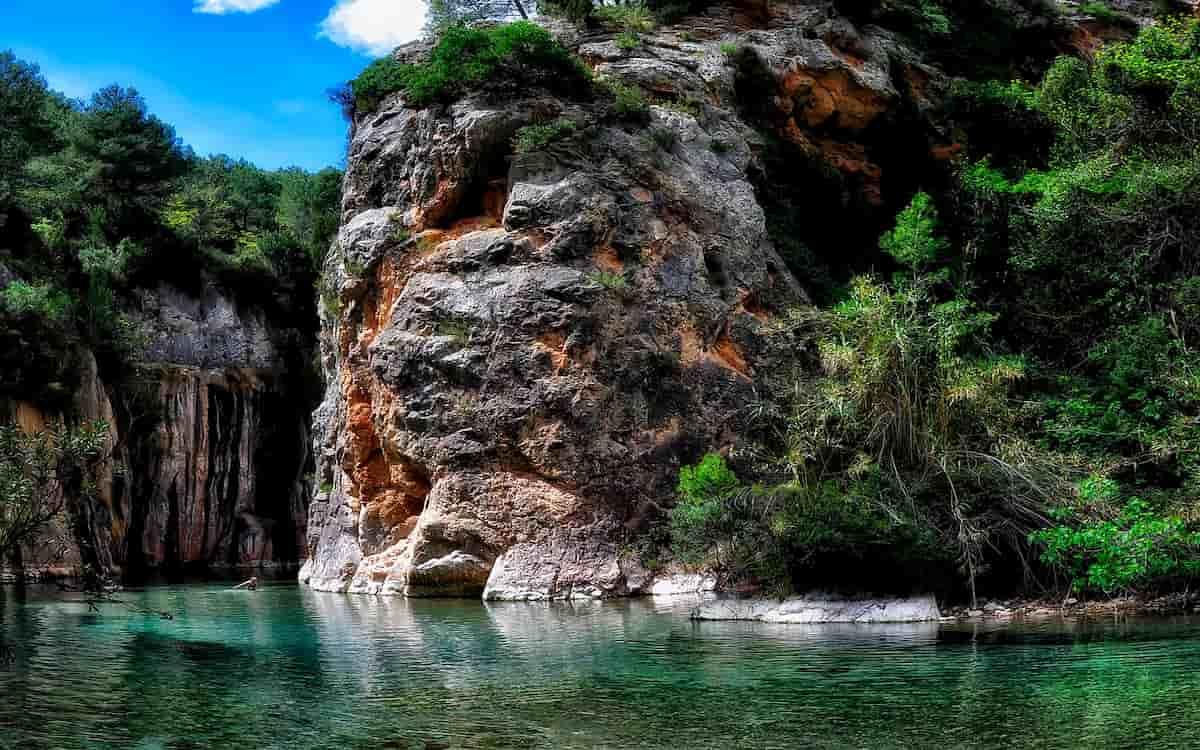 Montanejos: el pueblo con el mejor baño de España