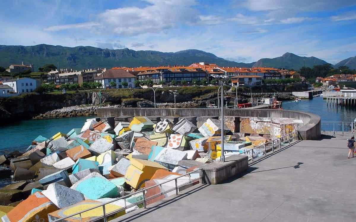 Llanes, la villa marinera de Asturias que te cautivará