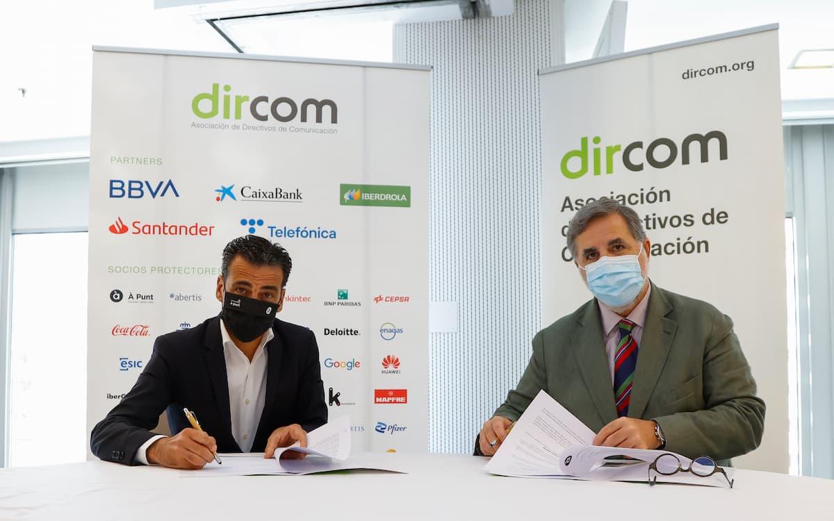 Firma À Punt y Dircom
