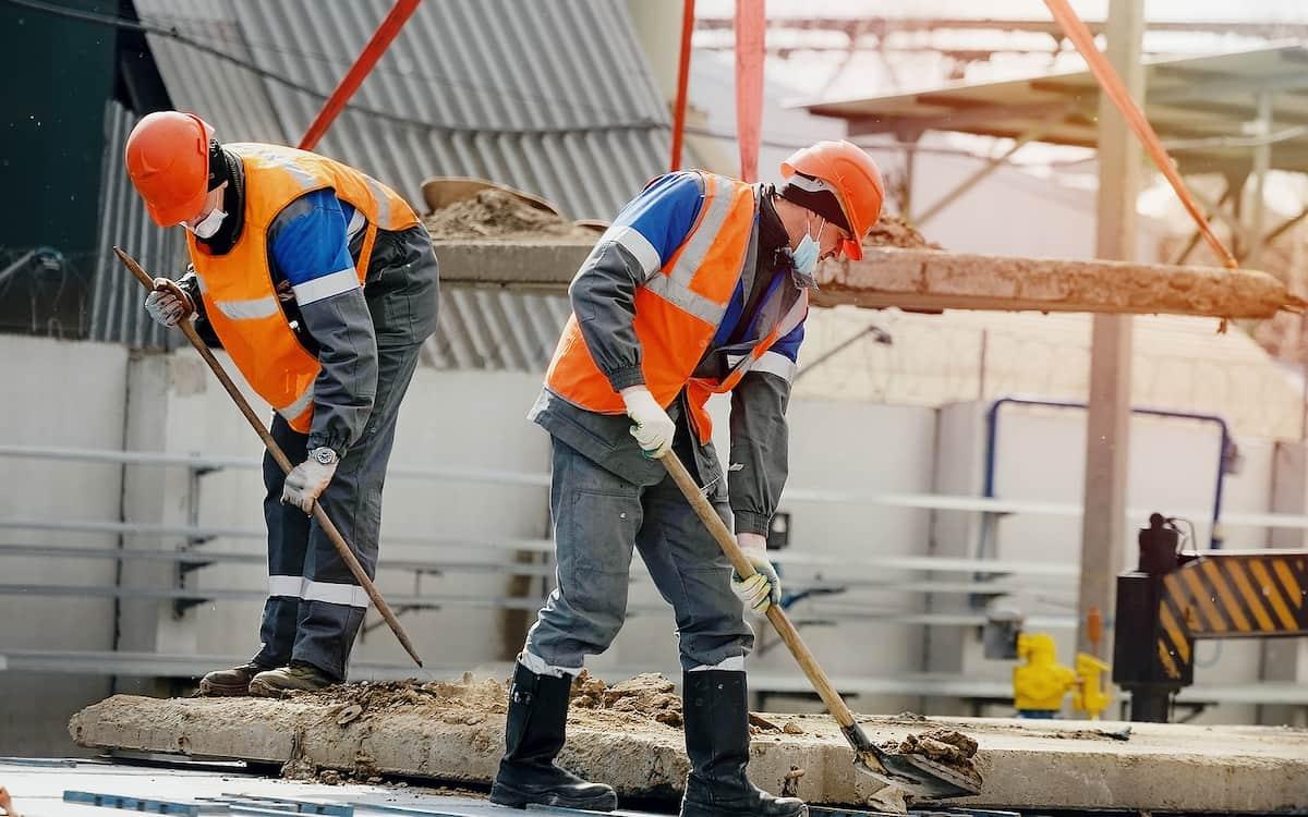 Trabajadores. Coste Laboral. Construcción.