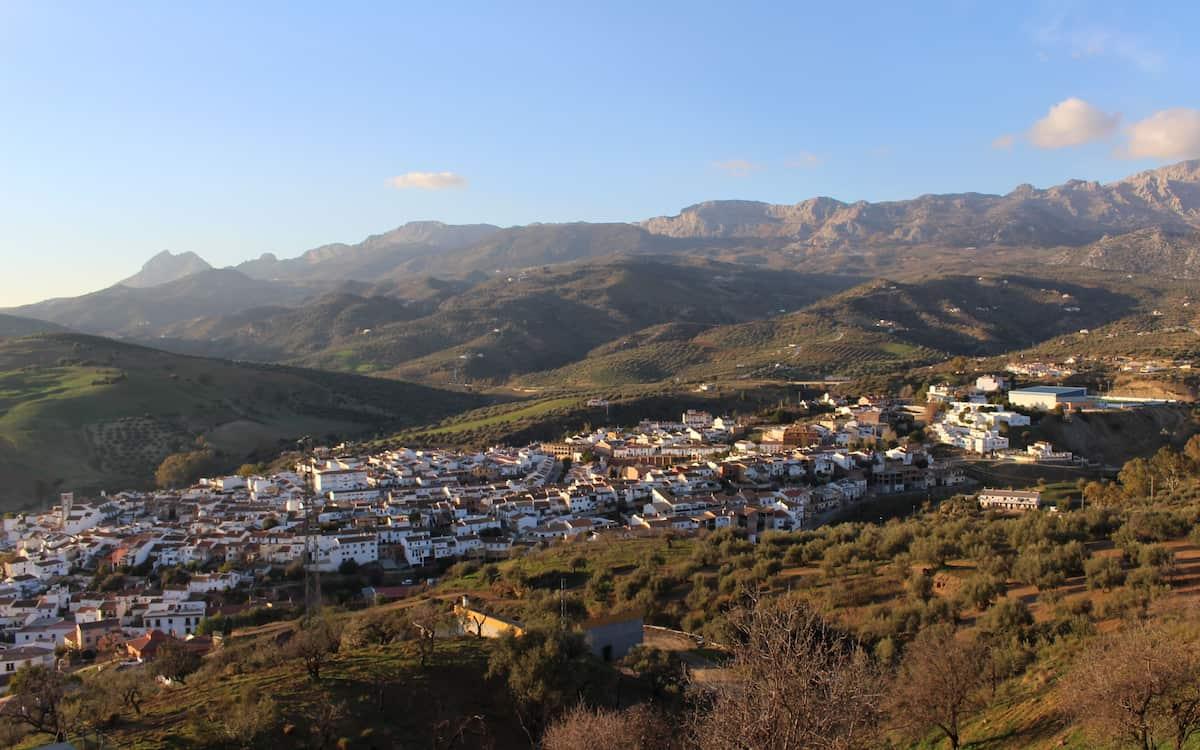 Riogordo, un pueblo agricola en el interior de Málaga