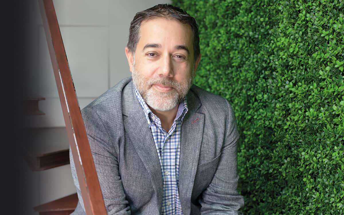La opinión de Luis Navarro, gerente de Cubierta Solar: El precio de la luz apaga a las empresas